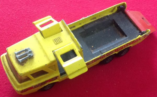 Matchbox Super Kings No. K-7 Racing Car Transporter ( With Tailgate )